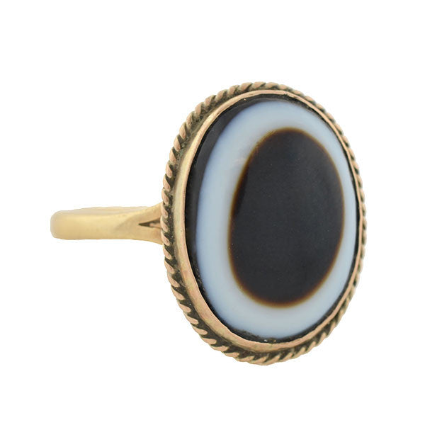 Victorian 9kt Banded Agate Ring
