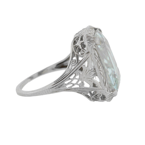 Art Deco 18kt Aquamarine Filigree Ring