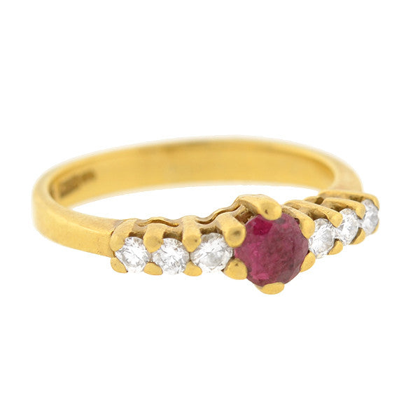 Vintage 18kt Gold Ruby & Diamond Ring