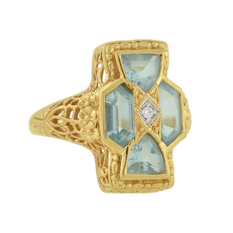 HEIRLOOM 73 Estate 14kt Aquamarine & Diamond Filigree Ring