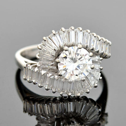 Vintage 18kt Round + Baguette Cut Diamond Ballerina Ring 0.86ct