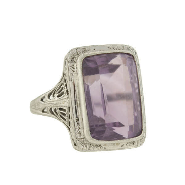 Art Deco 18kt Amethyst Filigree Cocktail Ring