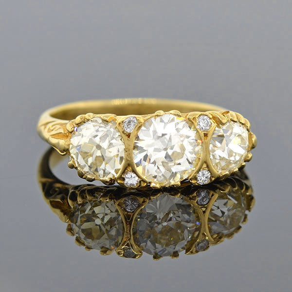 Victorian 18kt Diamond 3-Stone Ring 2.00ctw