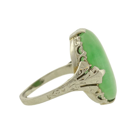 Art Deco 18kt Jade Cabochon Ring