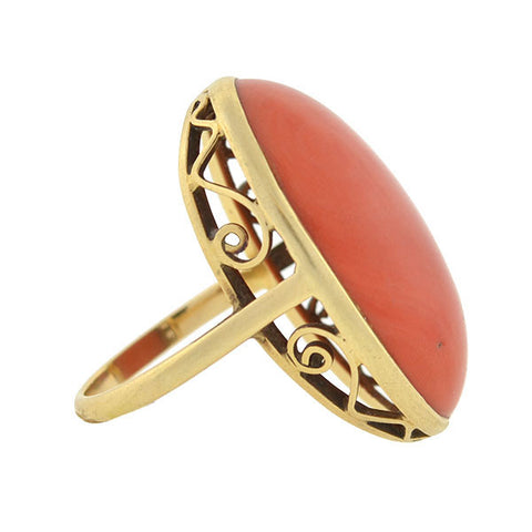 Retro Large 14kt Gold Cabochon Coral Ring