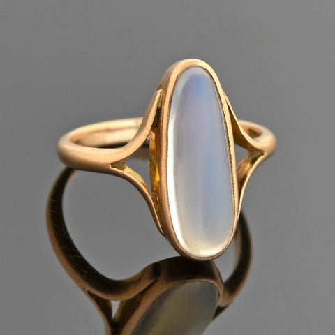 Late Victorian English 9kt Moonstone Ring