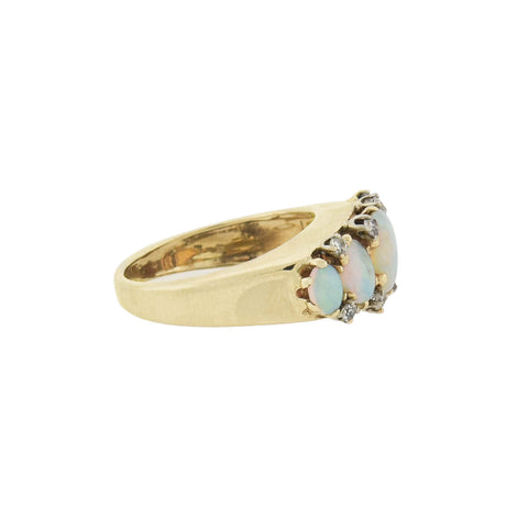 Retro 14kt Graduating Opal + Diamond 5-Stone Ring