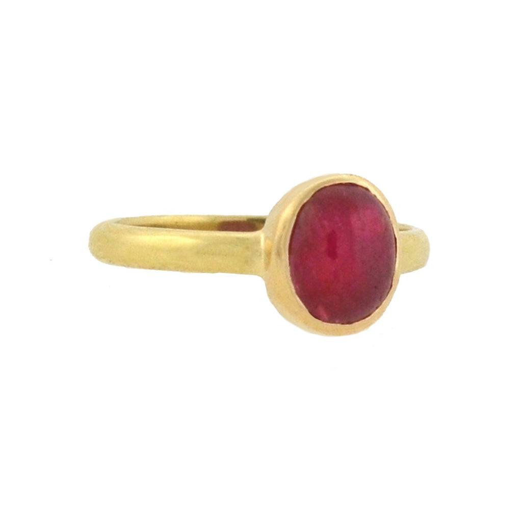 Estate 18kt Yellow Gold Ruby Cabochon Ring 0.85ct