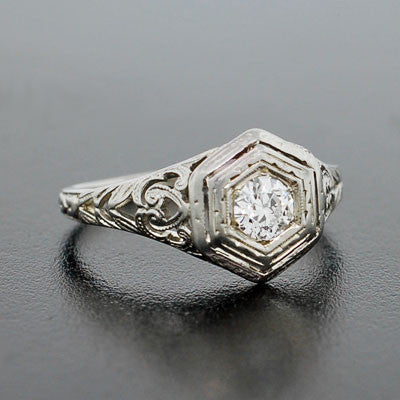 Art Deco 18kt Diamond Engagement Ring .31ct