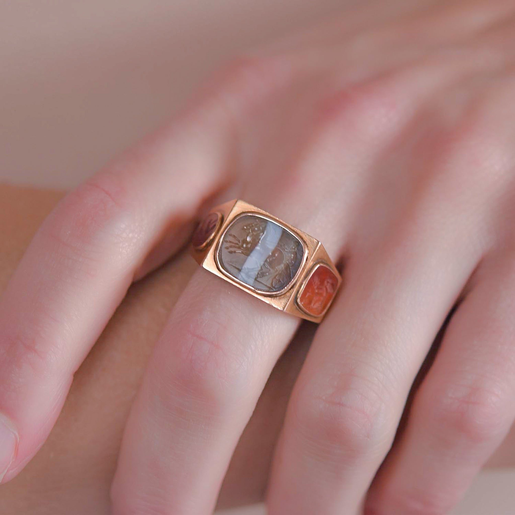 Victorian 18kt 3-Sided Carnelian + Banded Agate Intaglio Signet Ring