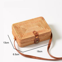 Load image into Gallery viewer, Straw Handmade Handbags