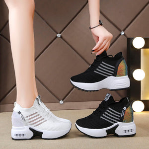 Platform Sneakers white or black