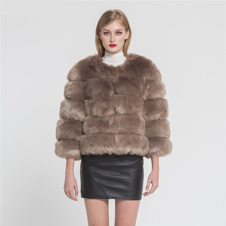 Fashion Design Faux Fox Fur 5 Rows Crop Coat Winter Thick Warm Fake Fur Coat Fashion Jacket New Arrival