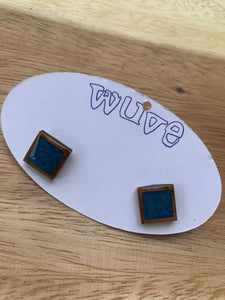 Wuve Handmade Resin Stud Earrings