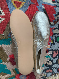 Nidalu Handmade Leather Shoes- Gold Slipper