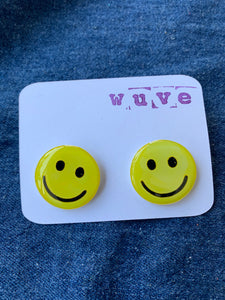 Wuve Handmade Resin Smiley Post Earrings