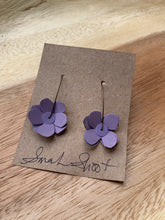 Load image into Gallery viewer, Sarah Shoot Mixed Media Flower Earrings