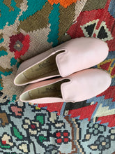 Load image into Gallery viewer, Nidalu Handmade Leather Shoes- Ballet Pink Slipper