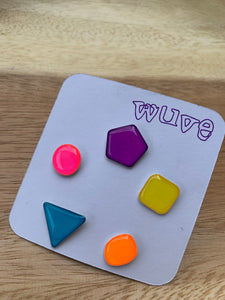 Wuve Handmade Resin Stud Earring Set