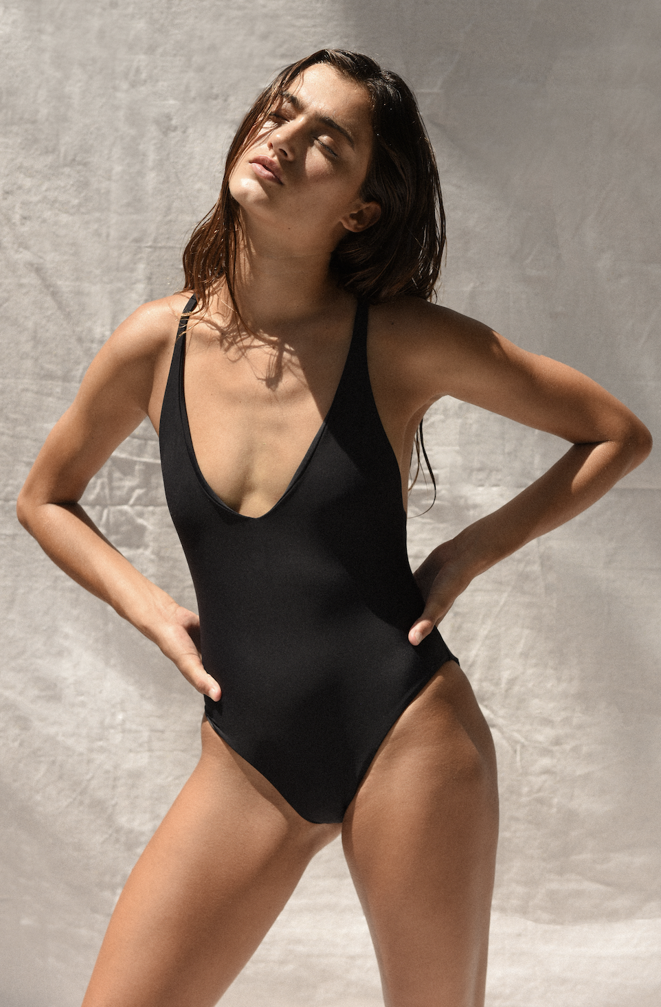 Mila One Piece - Black