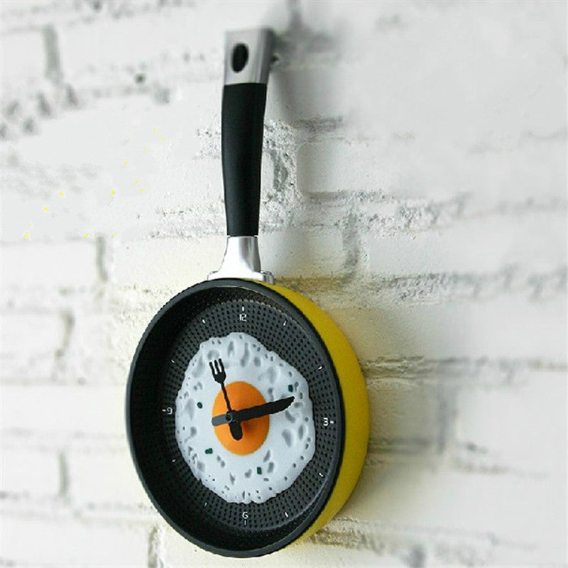 Fried Egg Pan Design Kitchen Wall Clock