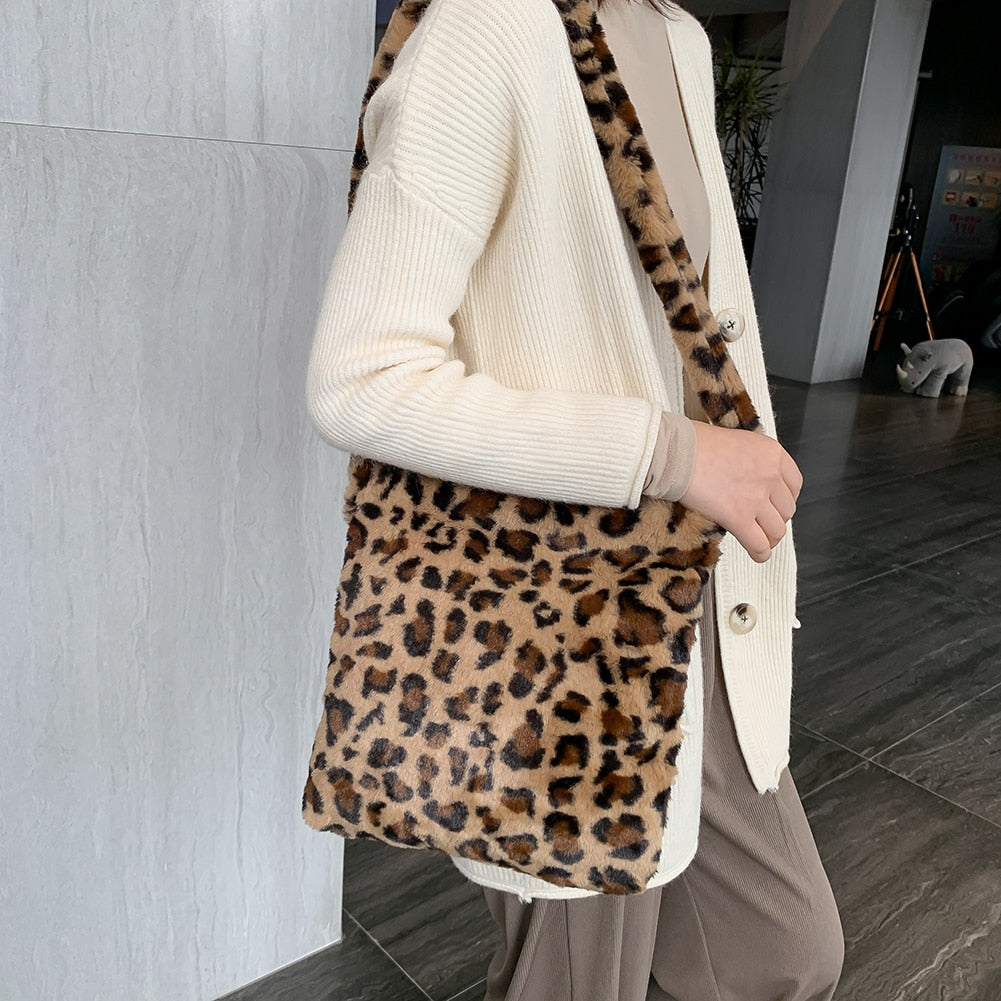 Cute Animal Safari Skin Pattern Plush Purase Shoulder Bag