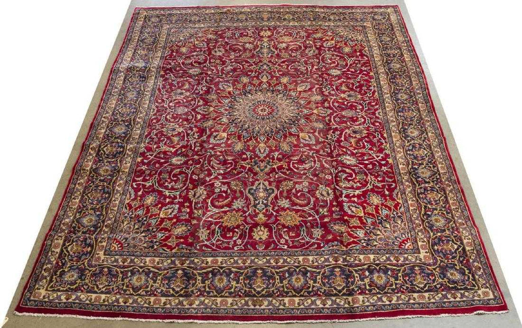 Persian Isfahan Hand Knotted Rug
