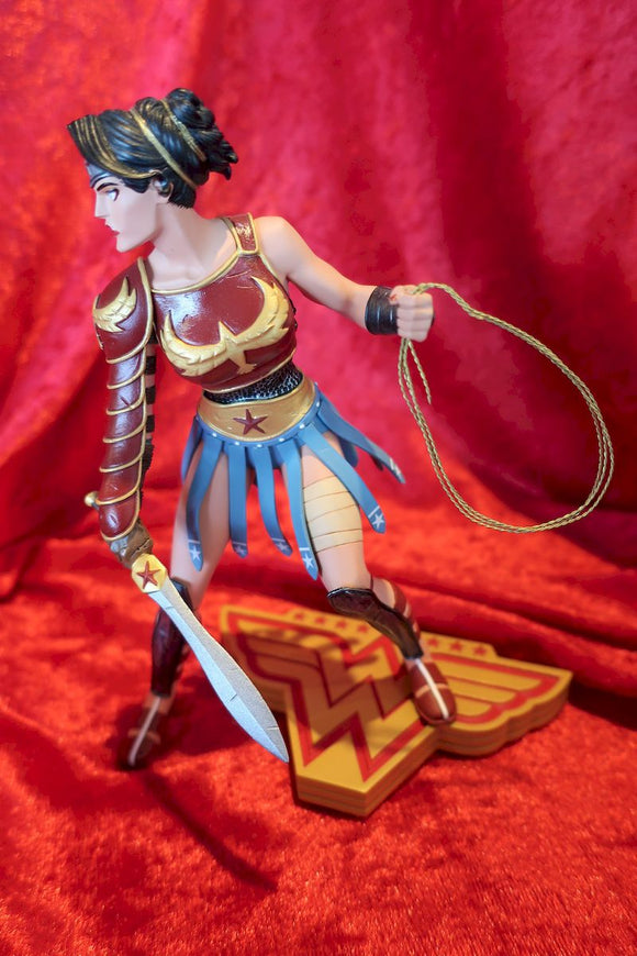 Wonder Woman- Art of War- Cliff Chang statue