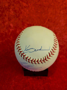 Greg Maddux Certified Authentic Autographed Baseball