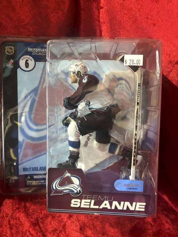 Teemu Selanne McFarlane NHL Series 9  Hockey Figure