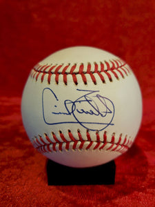 Cecil Fielder Guaranteed Authentic Autographed Baseball