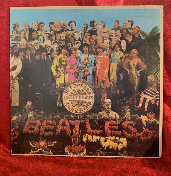 Beatles Sgt Peppers Lonely Hearts 33 LP Album