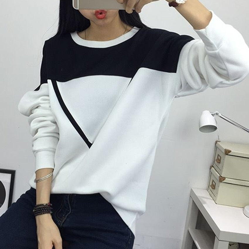 2020 Winter New Fashion Black and White Spell Color Patchwork Hoodies Women V Pattern Pullover Sweatshirt Female Tracksuit M-XXL