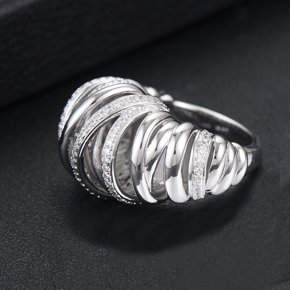Women Shiny Charm Fingers Jewelry Ring Romantic Trendy Lover Anniversary Birthday Bijoux Gift Party Show Jewelry Ring