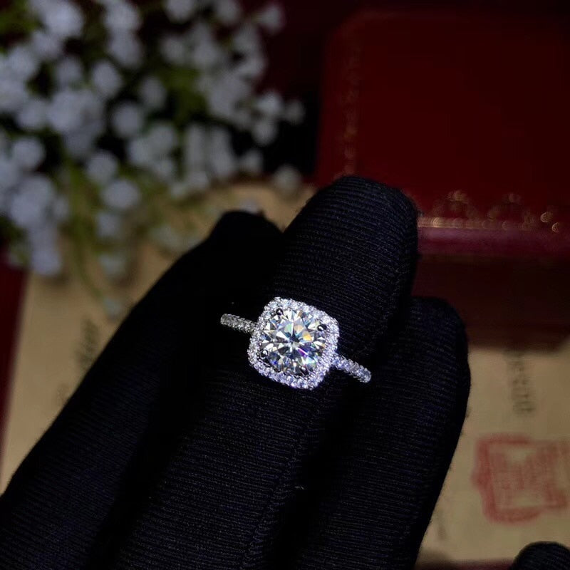 Designers recommend this year's most popular gemstone, Moissanite Diamond Ring, Lady Jewelry 925 Sterling Silver