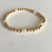 Load image into Gallery viewer, GOLD BEADS MOONSTONE