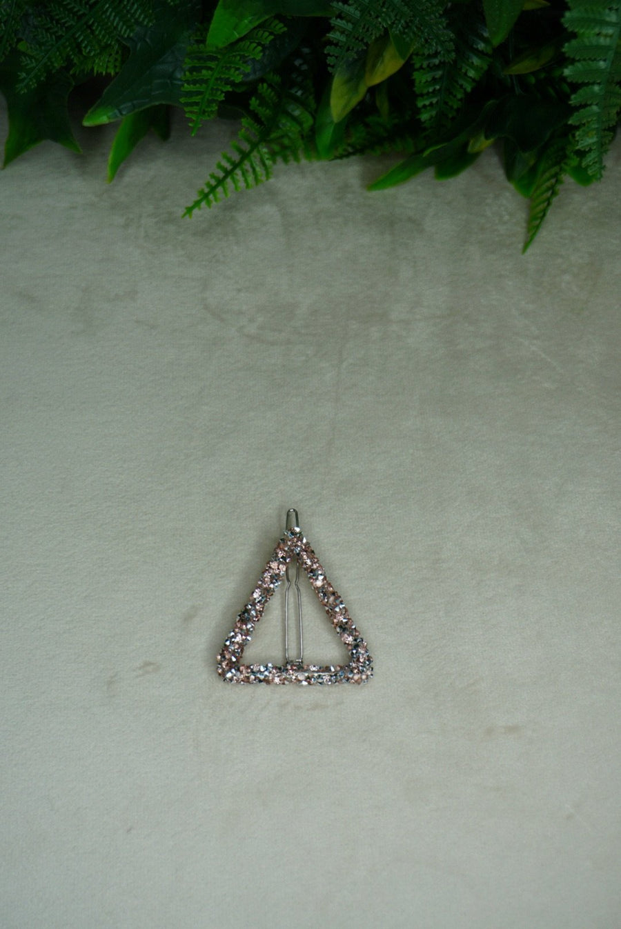 Pyramid Pink Beaded Hair Clip - PhivestarhairboutiquePyramid Pink Beaded Hair Clip