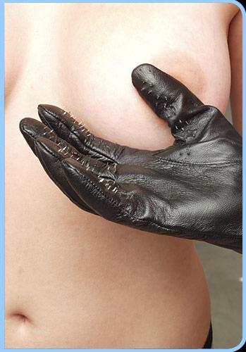 Kink Lab Vampire Gloves Leather with Prickly Metal Points Medium