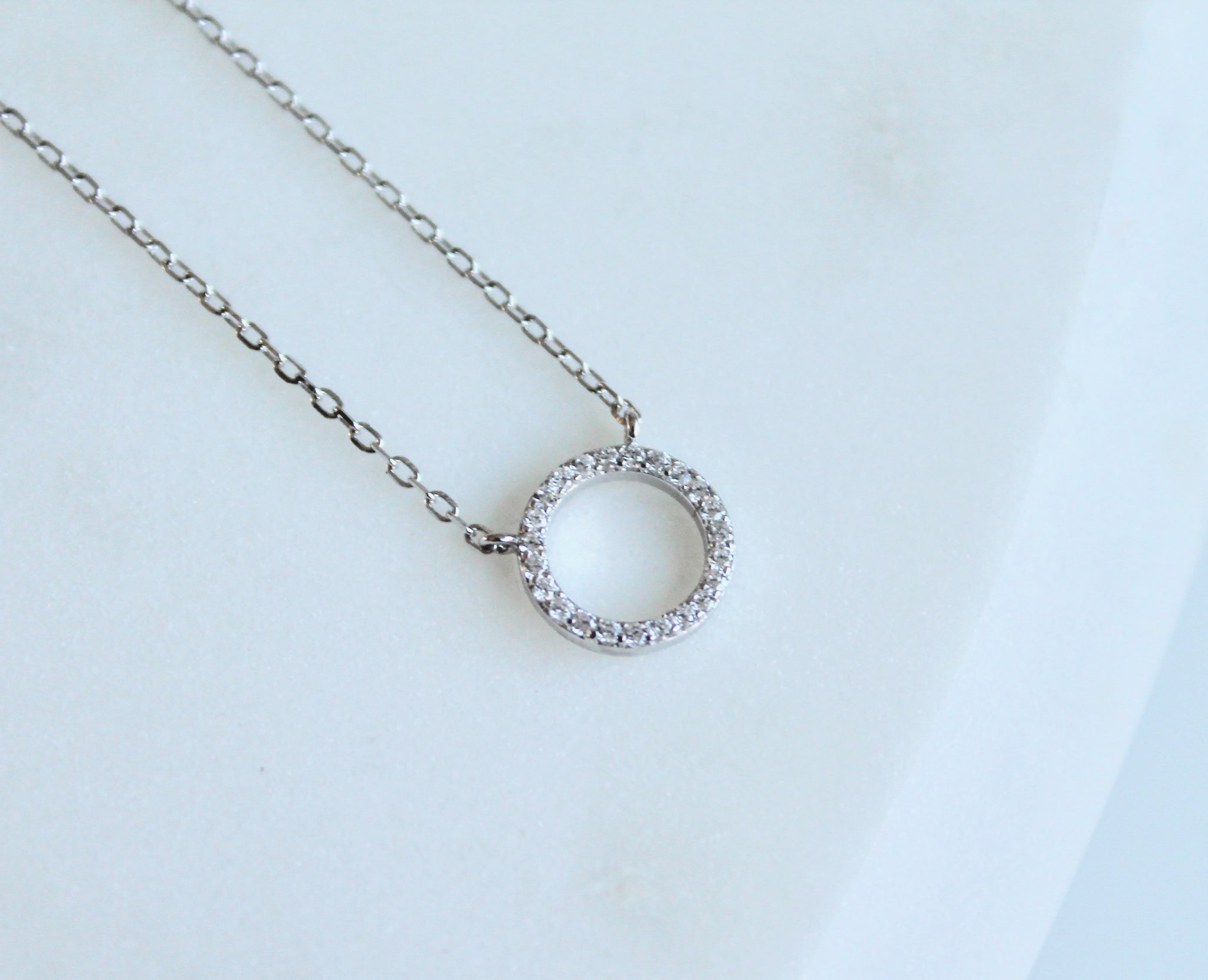 Circle necklace - Lily Lough Jewelry