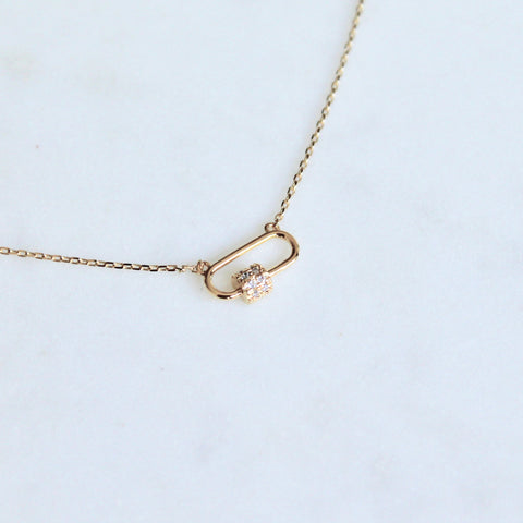 Carabiner lock dainty necklace