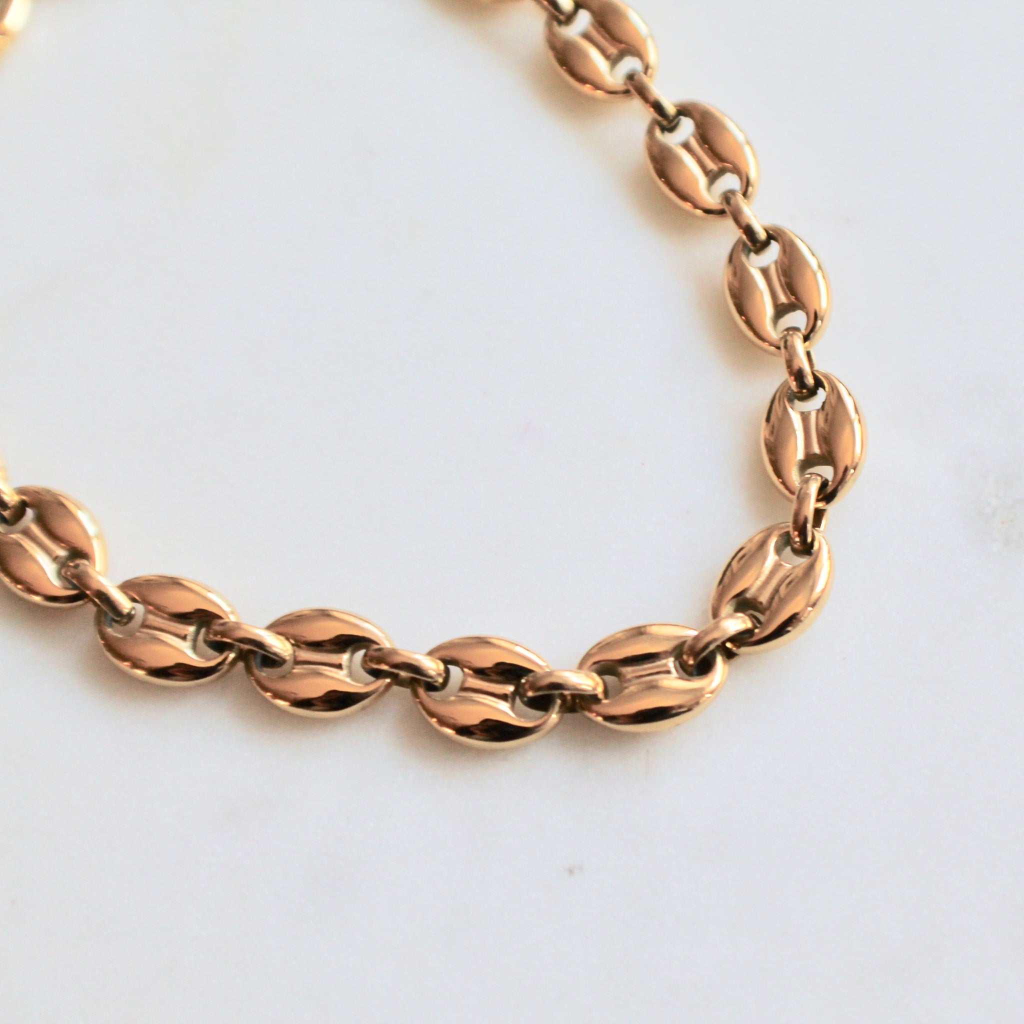 Gold puff anchor chain necklace - Lily Lough Jewelry