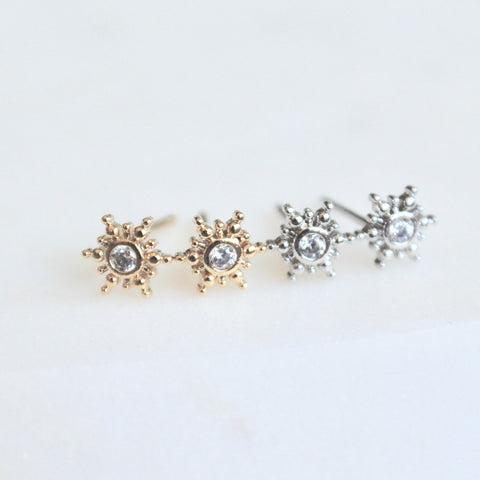 Tiny star studs - Lily Lough Jewelry