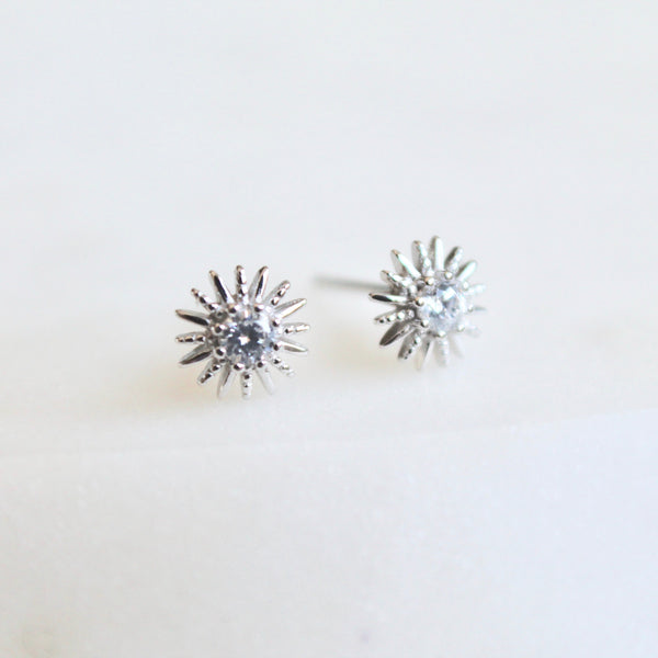Twinkle star studs - Lily Lough Jewelry