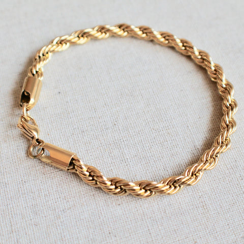 Twisted gold chain bracelet