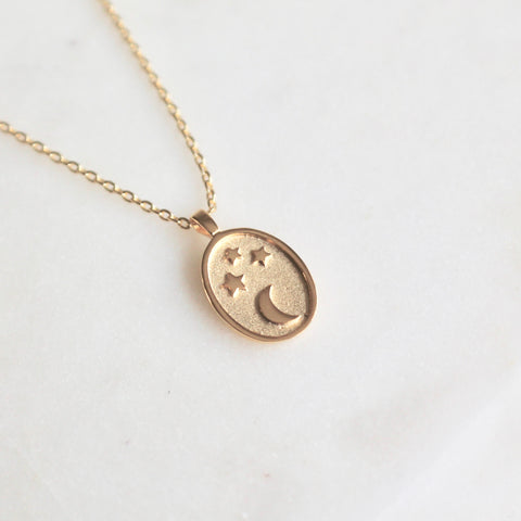 Oval star moon pendant necklace