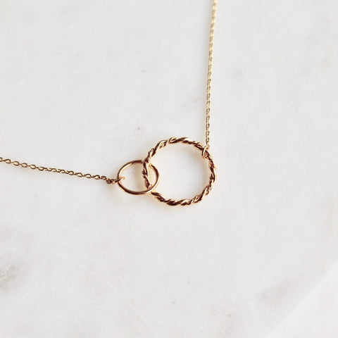 Two rings necklace