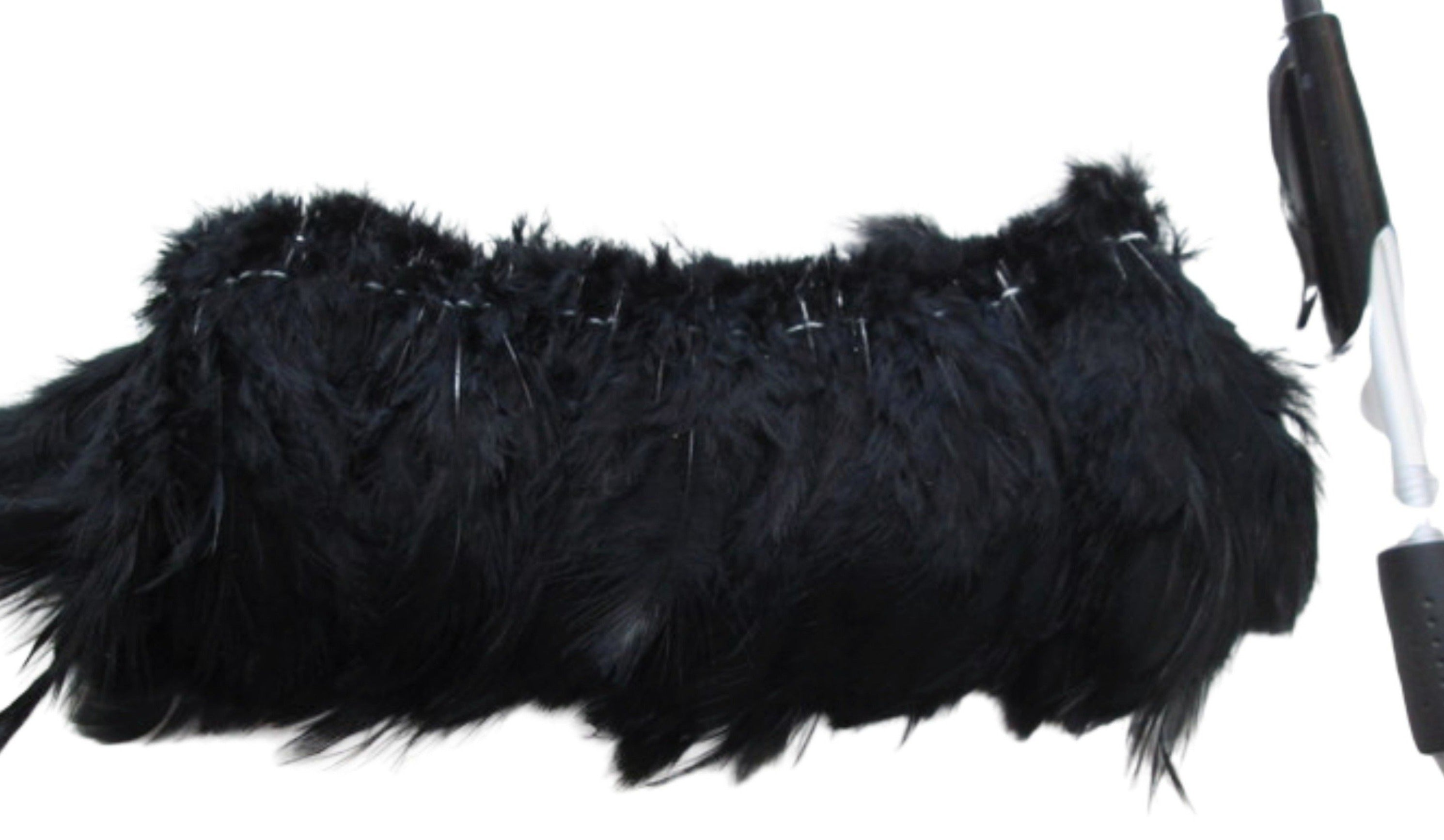 Black rooster feathers, Strung