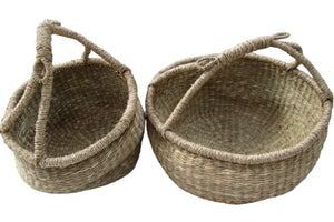 Carrying woven baskets with handles
