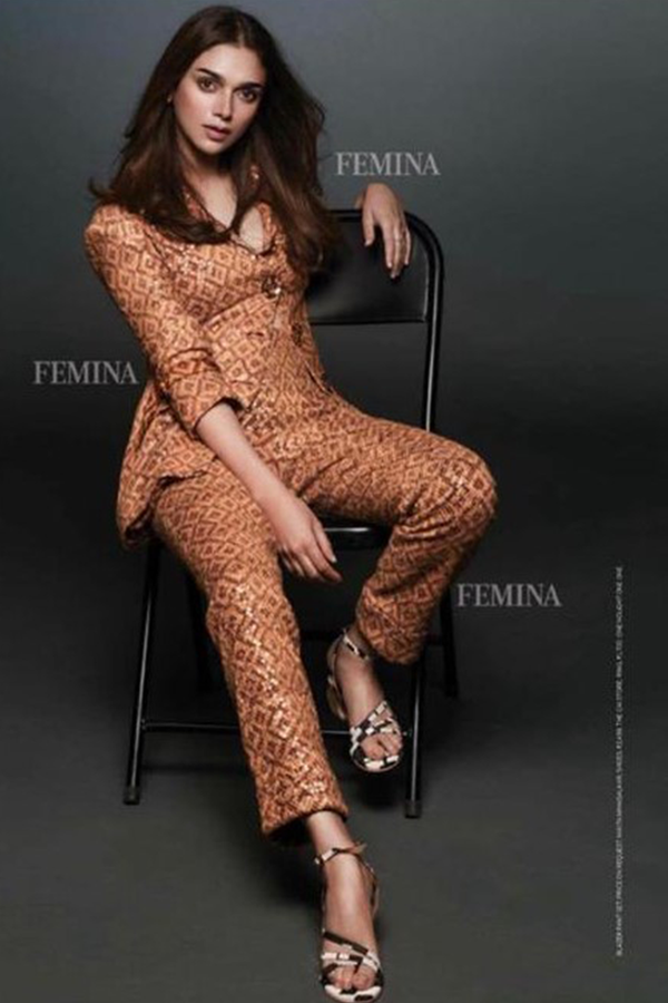 Aditi Rao Hydari In Sequin Sheeted Beige-Brown Basket Weave Print Blazer & Pants