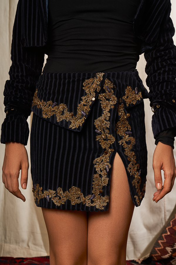NAVY CORDUROY SHORT SKIRT WITH BAROQUE HANDWORK